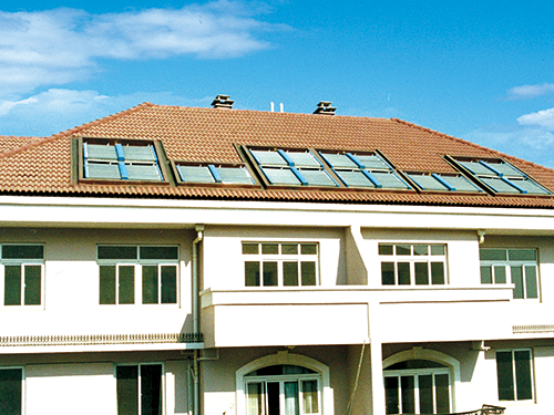 阳台壁挂太阳能